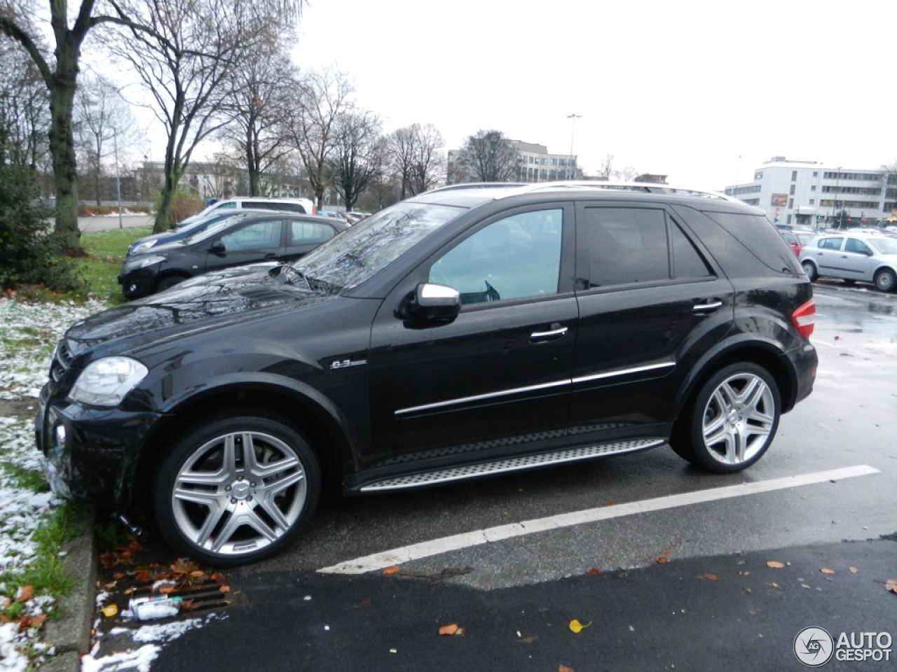 mercedes benz ml 63 amg w164 2009 6 december 2013. Black Bedroom Furniture Sets. Home Design Ideas