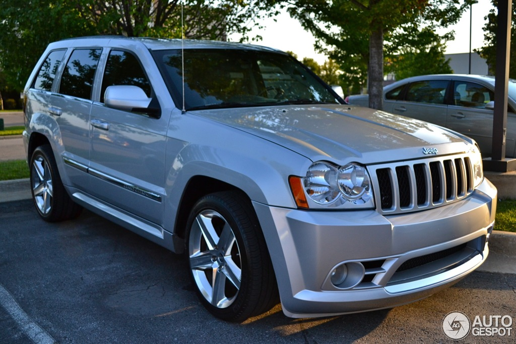 Jeep Grand Cherokee SRT-8 2005 - 13 December 2013 - Autogespot