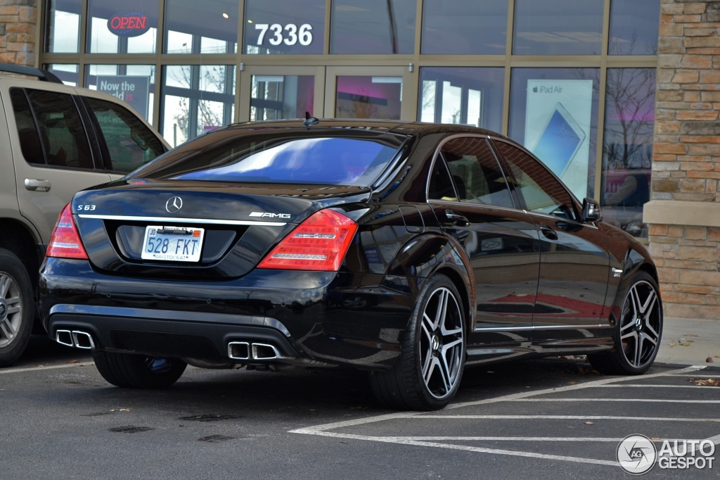 mercedes benz s 63 amg w221 2011 20 dezember 2013 autogespot. Black Bedroom Furniture Sets. Home Design Ideas