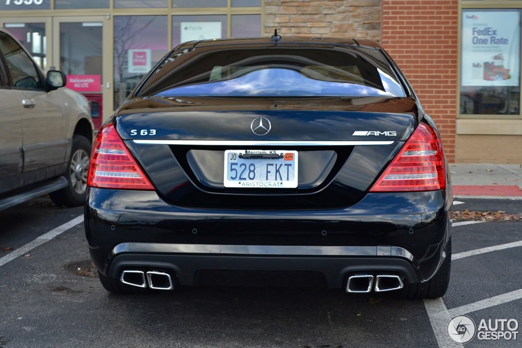 Mercedes-Benz S 63 AMG W221 2011 - 20         2013 - Autogespot