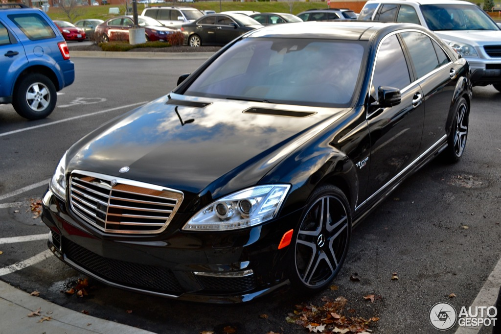 Mercedes benz s 63 amg w221 2011 20 december 2013 for Orange park mercedes benz