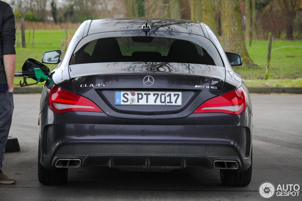 mercedes benz cla 45 amg c117 23 dcembre 2013 autogespot. Black Bedroom Furniture Sets. Home Design Ideas