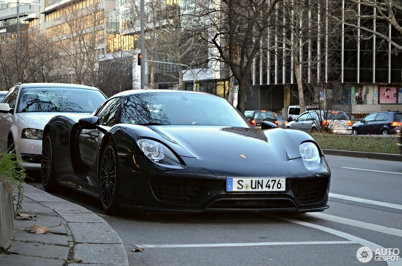 porsche 918 spyder 31 december 2013 autogespot. Black Bedroom Furniture Sets. Home Design Ideas