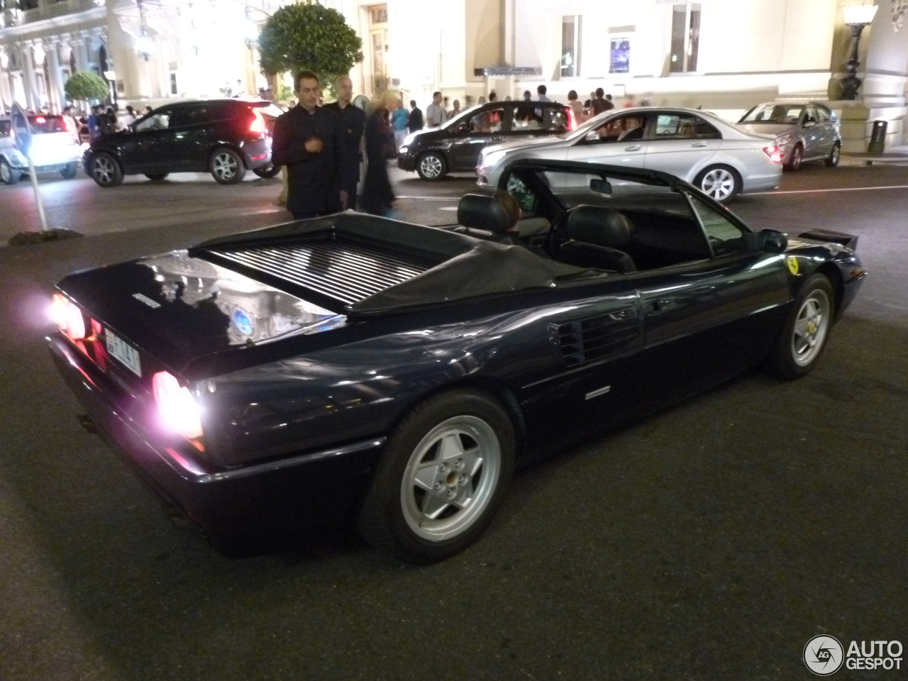 ferrari mondial t cabriolet 1 janvier 2013 autogespot. Black Bedroom Furniture Sets. Home Design Ideas