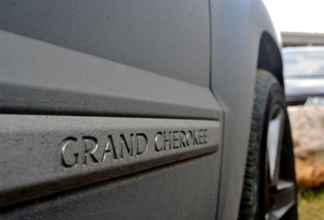 Jeep Grand Cherokee SRT-8 2005