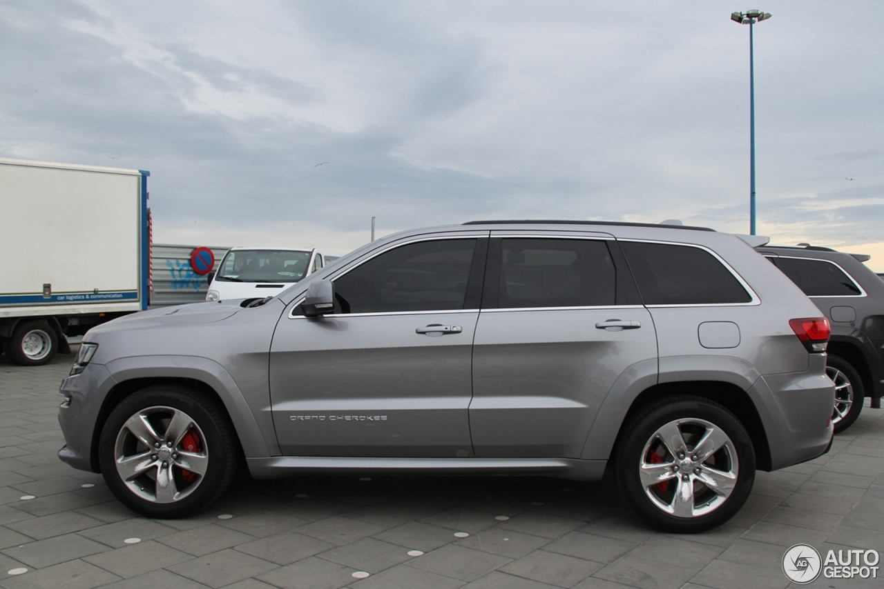 jeep grand cherokee srt 8 2013 10 february 2013 autogespot. Black Bedroom Furniture Sets. Home Design Ideas