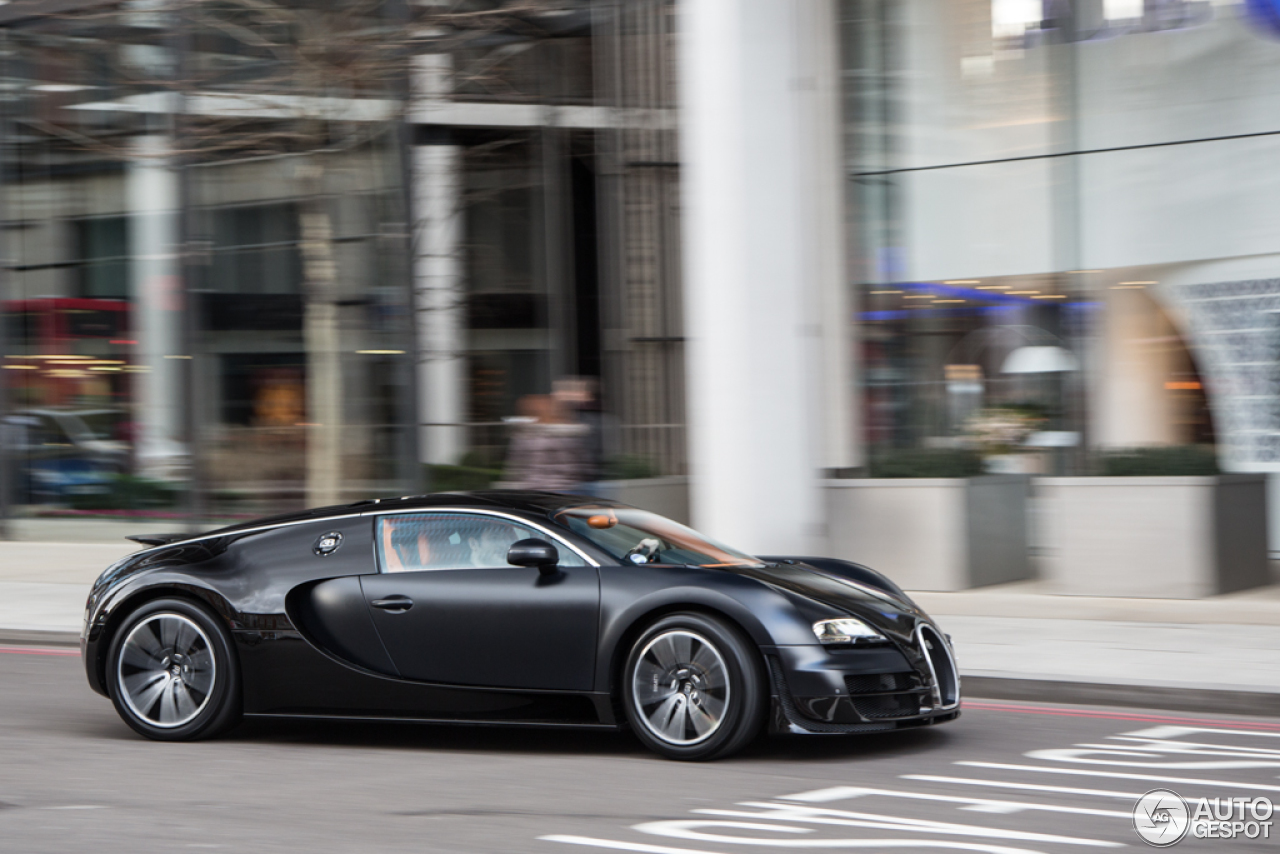 bugatti veyron 16 4 super sport sang noir 16 february 2013 autogespot. Black Bedroom Furniture Sets. Home Design Ideas