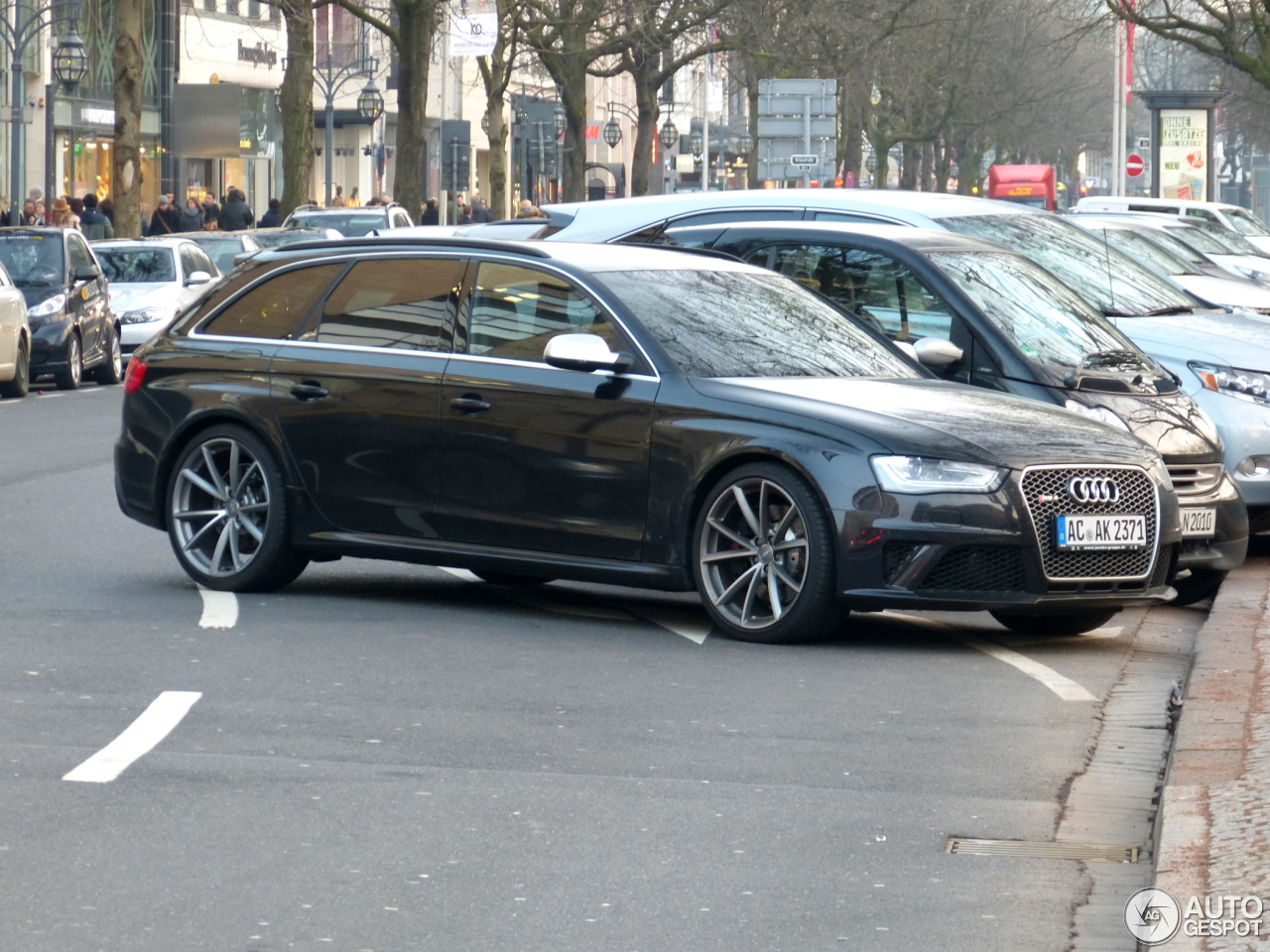 audi rs4 avant b8 3 march 2013 autogespot. Black Bedroom Furniture Sets. Home Design Ideas