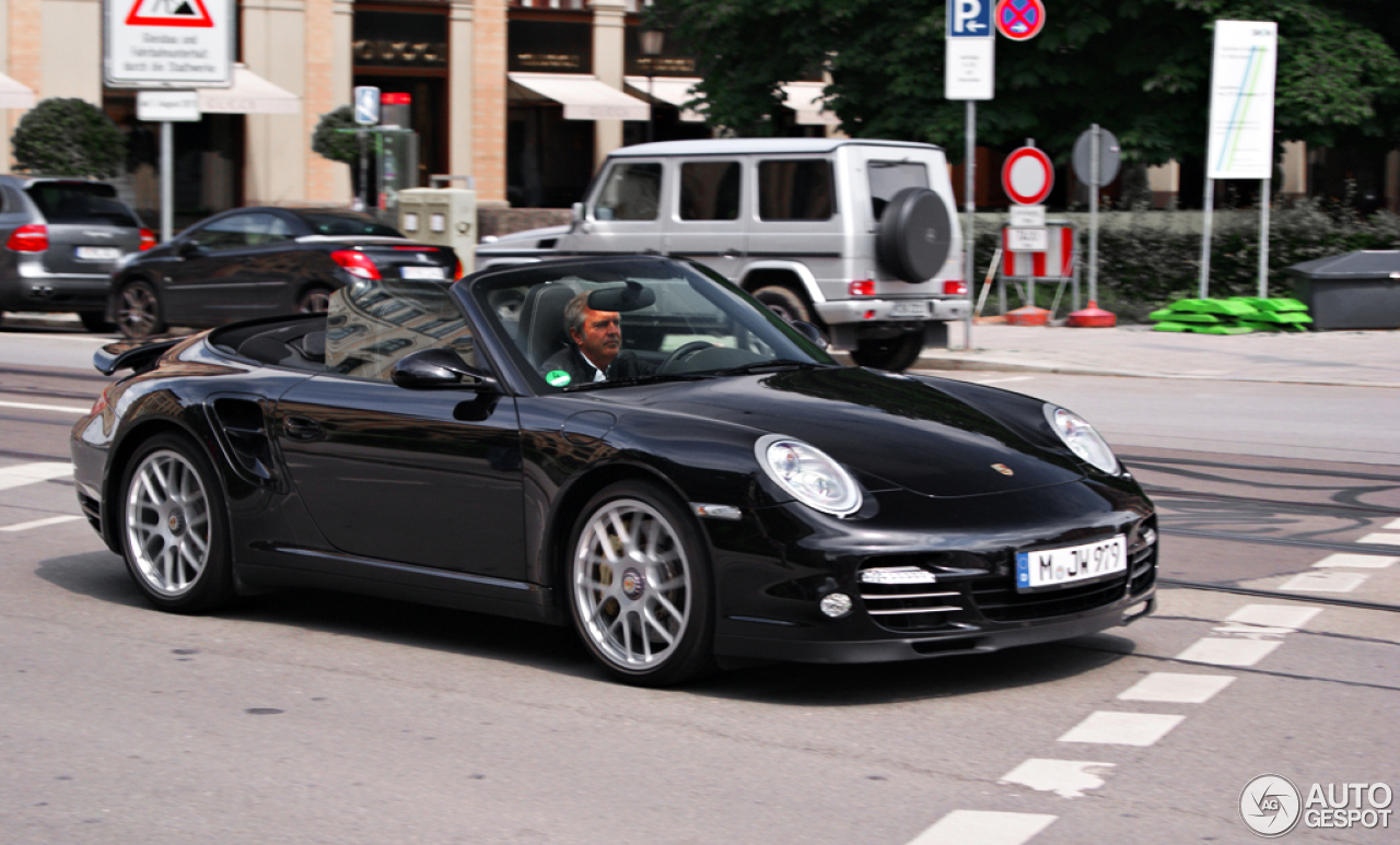 porsche 997 turbo s cabriolet 8 mrz 2013 autogespot. Black Bedroom Furniture Sets. Home Design Ideas