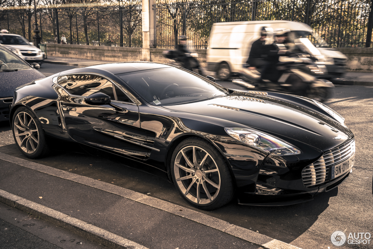 aston martin one 77 9 march 2013 autogespot. Black Bedroom Furniture Sets. Home Design Ideas
