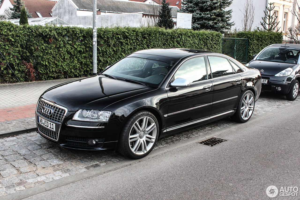Audi S8 D3 20 April 2013 Autogespot