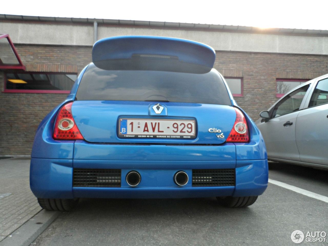 renault clio v6 phase ii 2 may 2013 autogespot. Black Bedroom Furniture Sets. Home Design Ideas