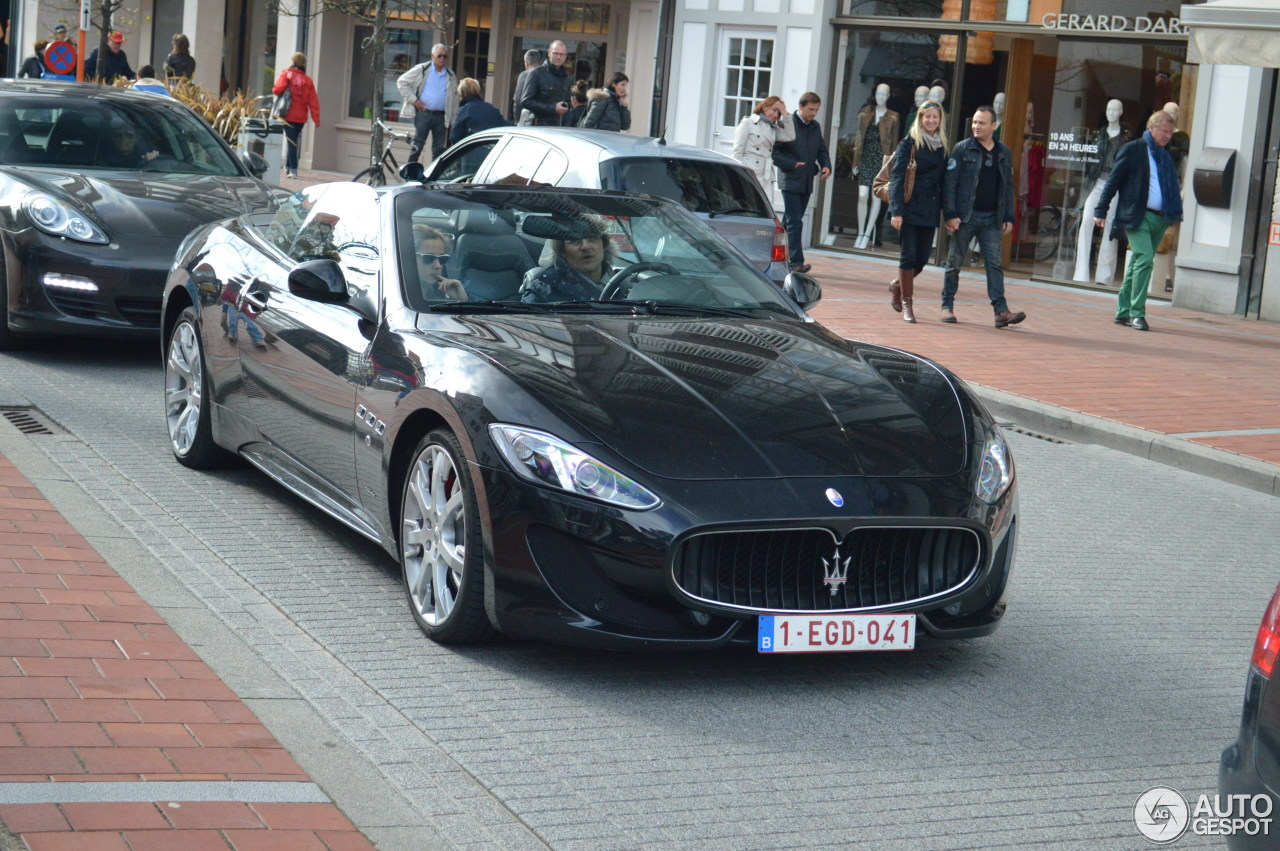 maserati grancabrio sport 2013 12 mei 2013 autogespot. Black Bedroom Furniture Sets. Home Design Ideas