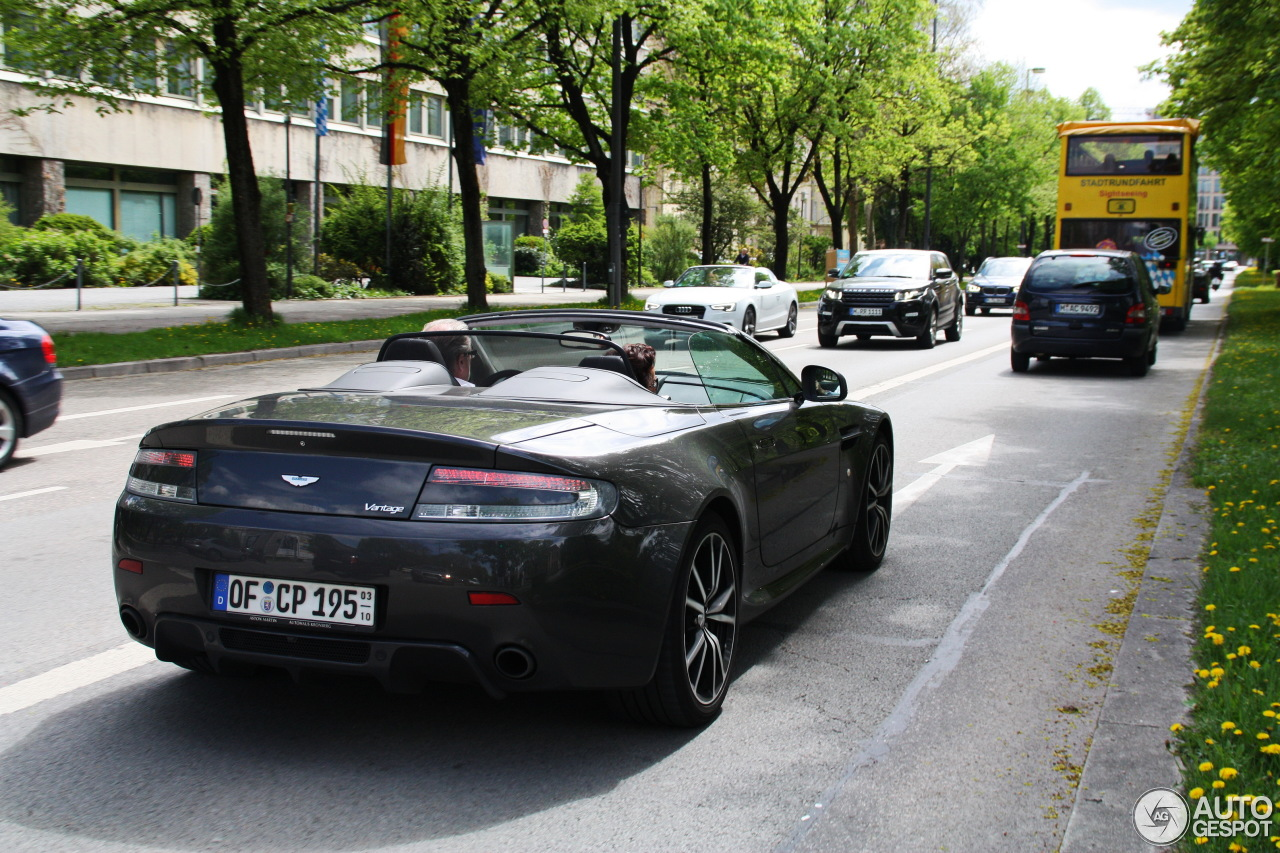 aston martin v8 vantage roadster 2012 13 mai 2013 autogespot. Black Bedroom Furniture Sets. Home Design Ideas