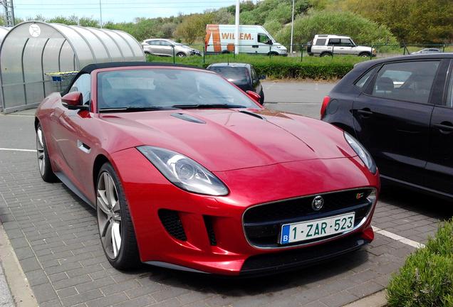Jaguar F-TYPE S V8 Convertible