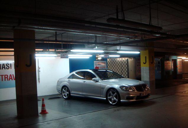 Mercedes-Benz S 63 AMG W221 2010