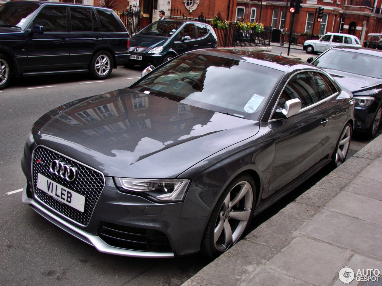 audi rs5 b8 2012 31 may 2013 autogespot. Black Bedroom Furniture Sets. Home Design Ideas