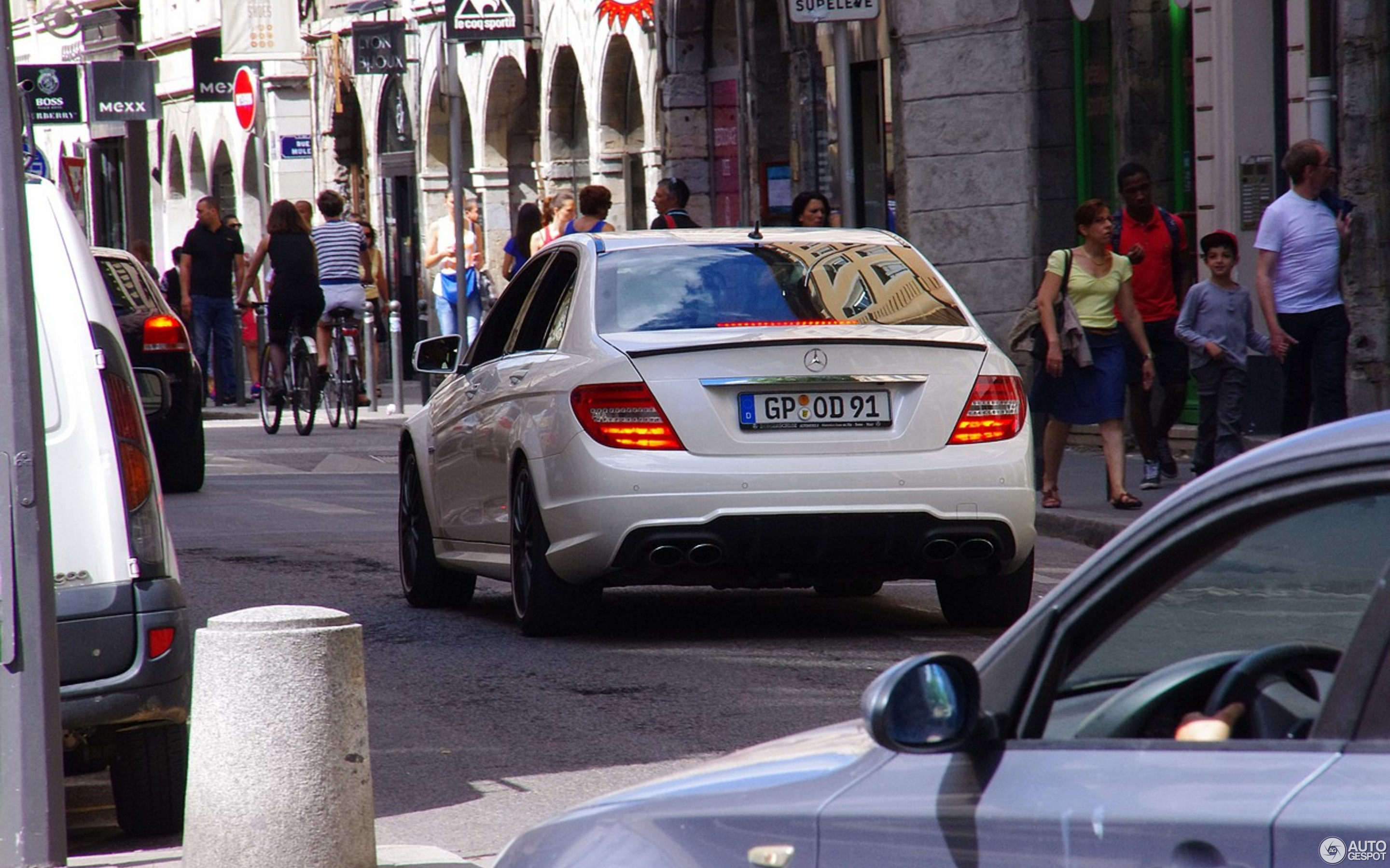 Mercedes Benz C 63 AMG W204 2012 22 June 2013 Autogespot