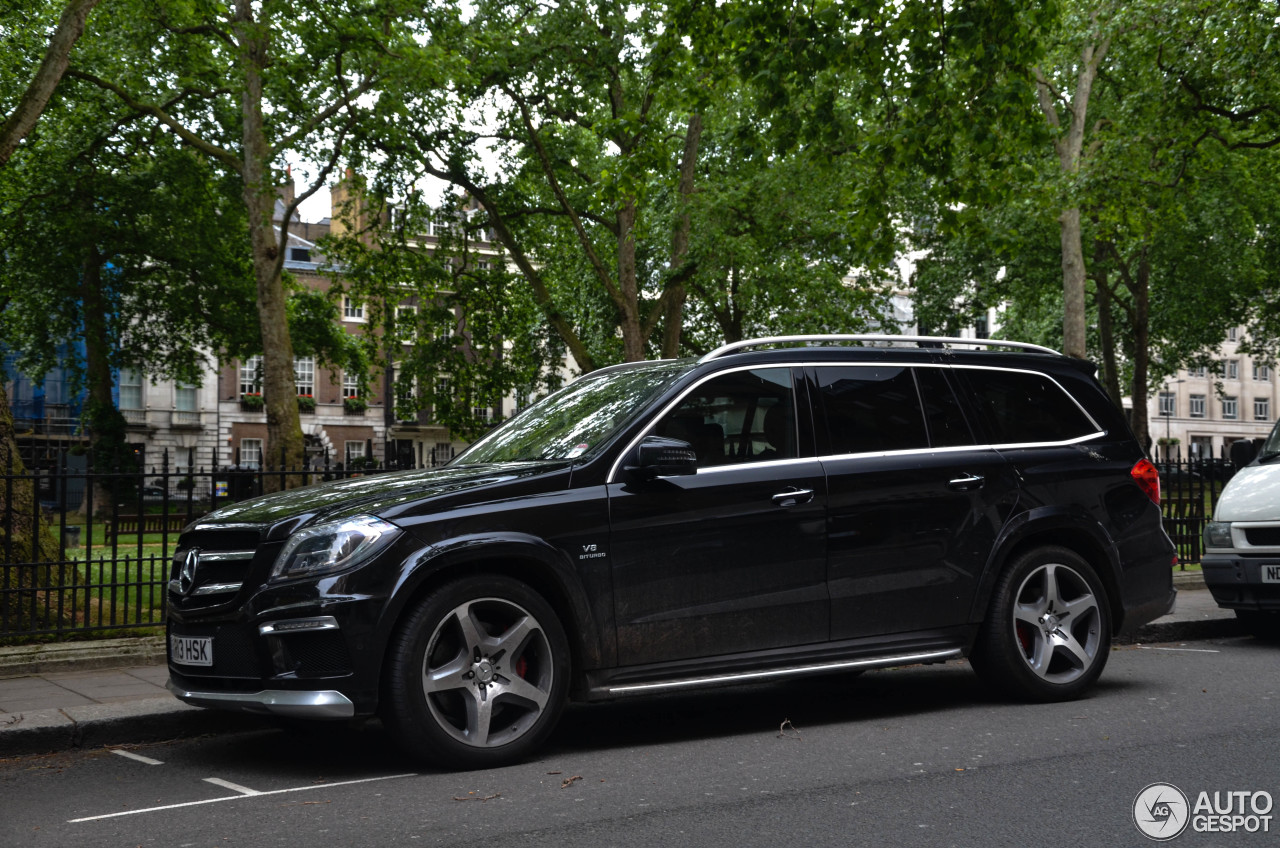 mercedes benz gl 63 amg x166 24 june 2013 autogespot. Black Bedroom Furniture Sets. Home Design Ideas