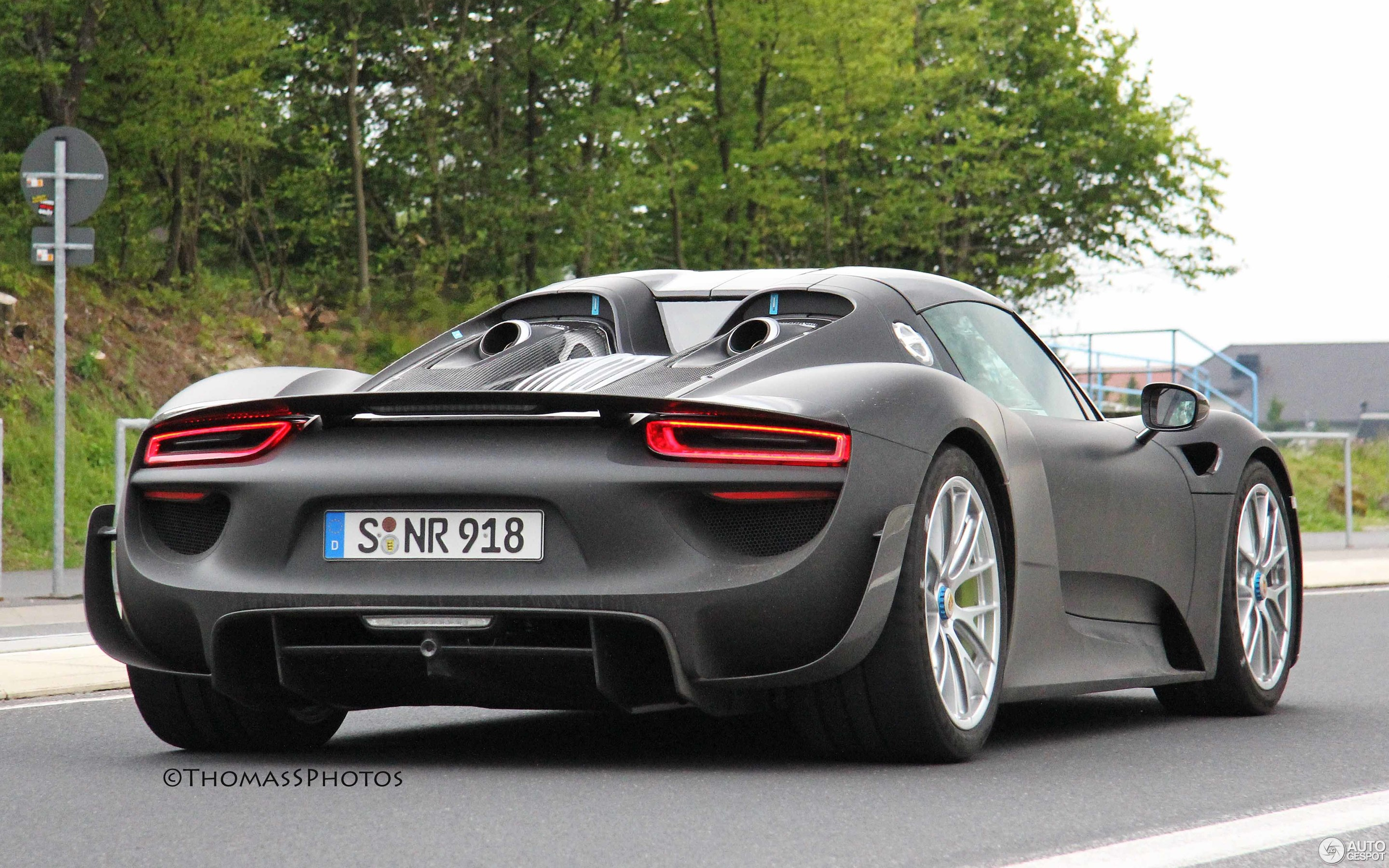 porsche 918 spyder weissach package 26 june 2013. Black Bedroom Furniture Sets. Home Design Ideas