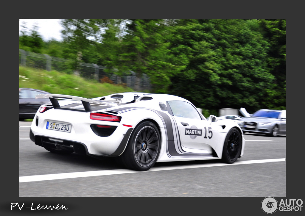 porsche 918 spyder weissach package 1 juli 2013 autogespot. Black Bedroom Furniture Sets. Home Design Ideas