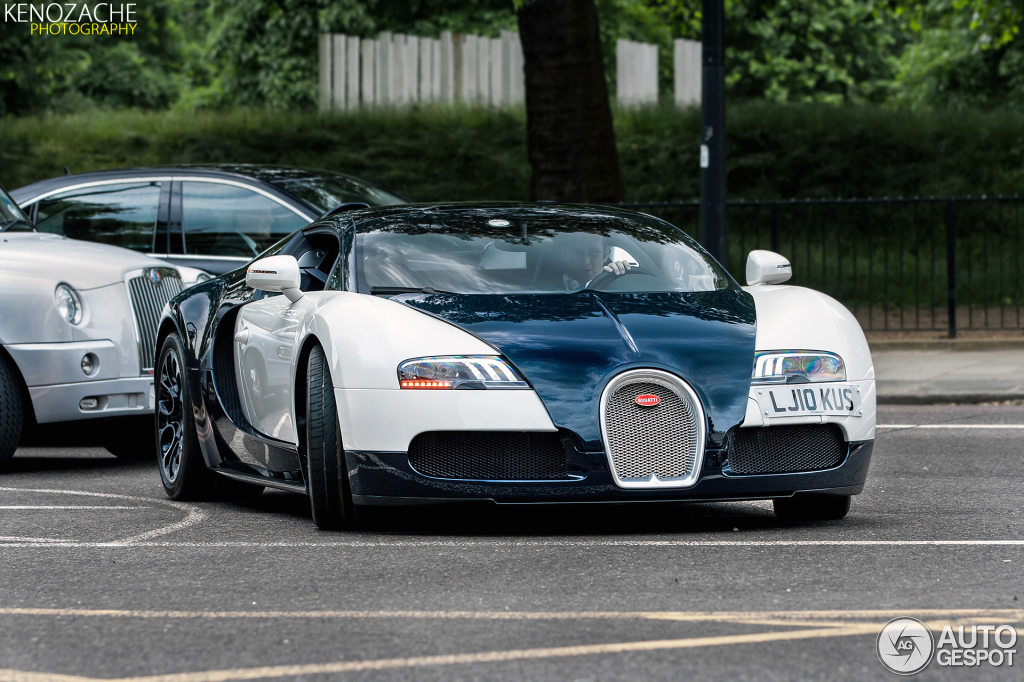 bugatti veyron 16 4 grand sport blue carbon 8 july 2013 autogespot. Black Bedroom Furniture Sets. Home Design Ideas