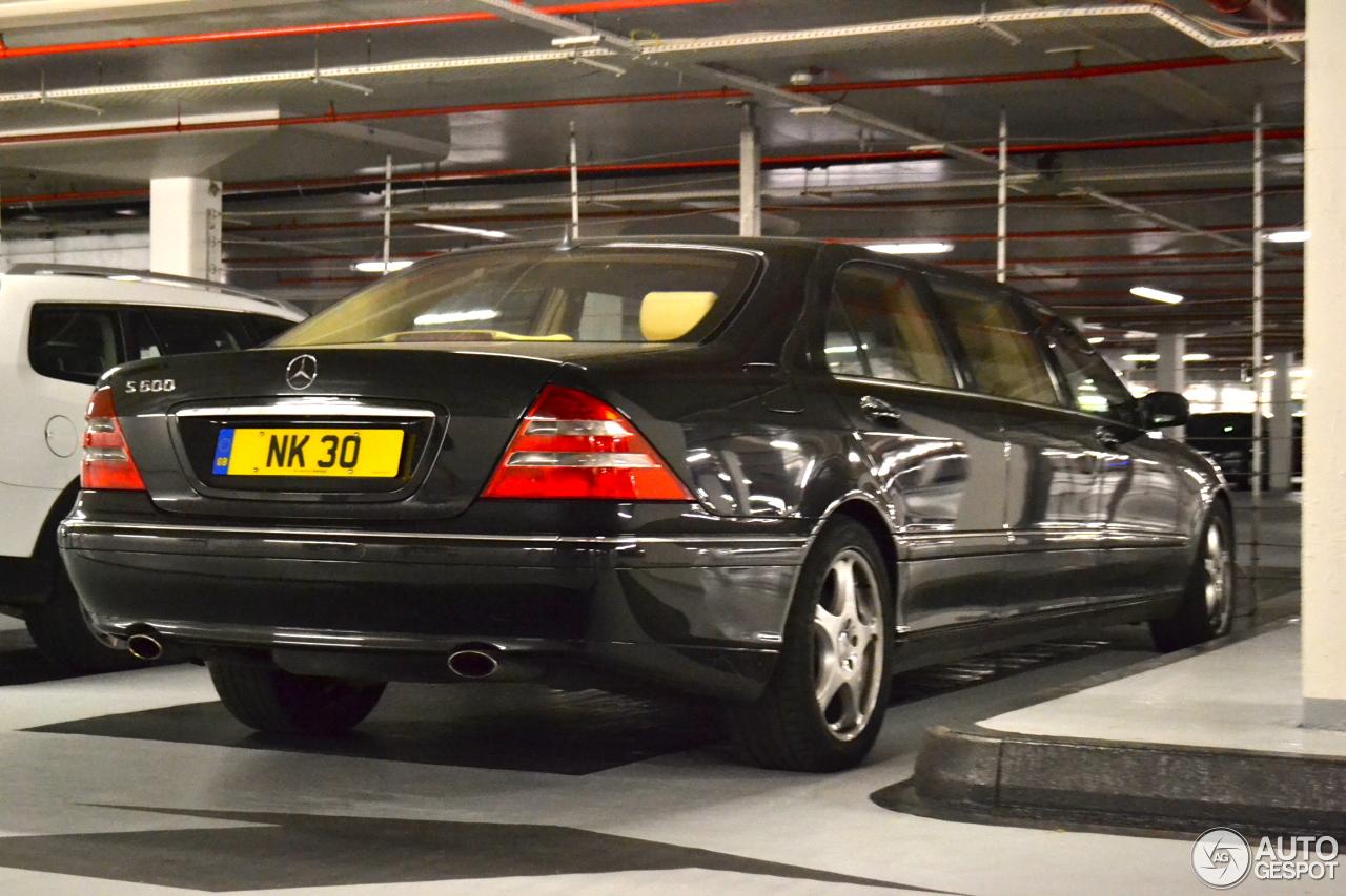 Mercedes benz s 600 pullman 15 july 2013 autogespot for Mercedes benz c 600