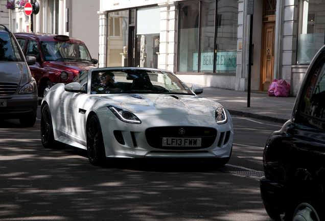 Jaguar F-TYPE S V8 Convertible