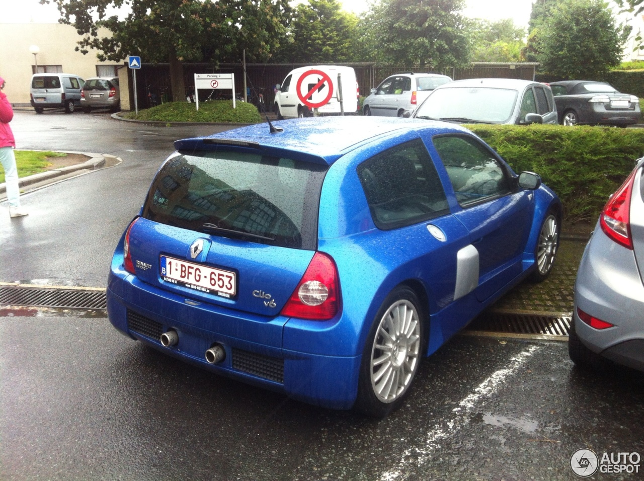 renault clio v6 phase ii 8 august 2013 autogespot. Black Bedroom Furniture Sets. Home Design Ideas