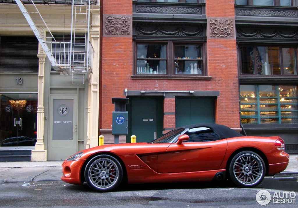 Dodge Viper Srt 10 Roadster Copperhead Edition 26 August
