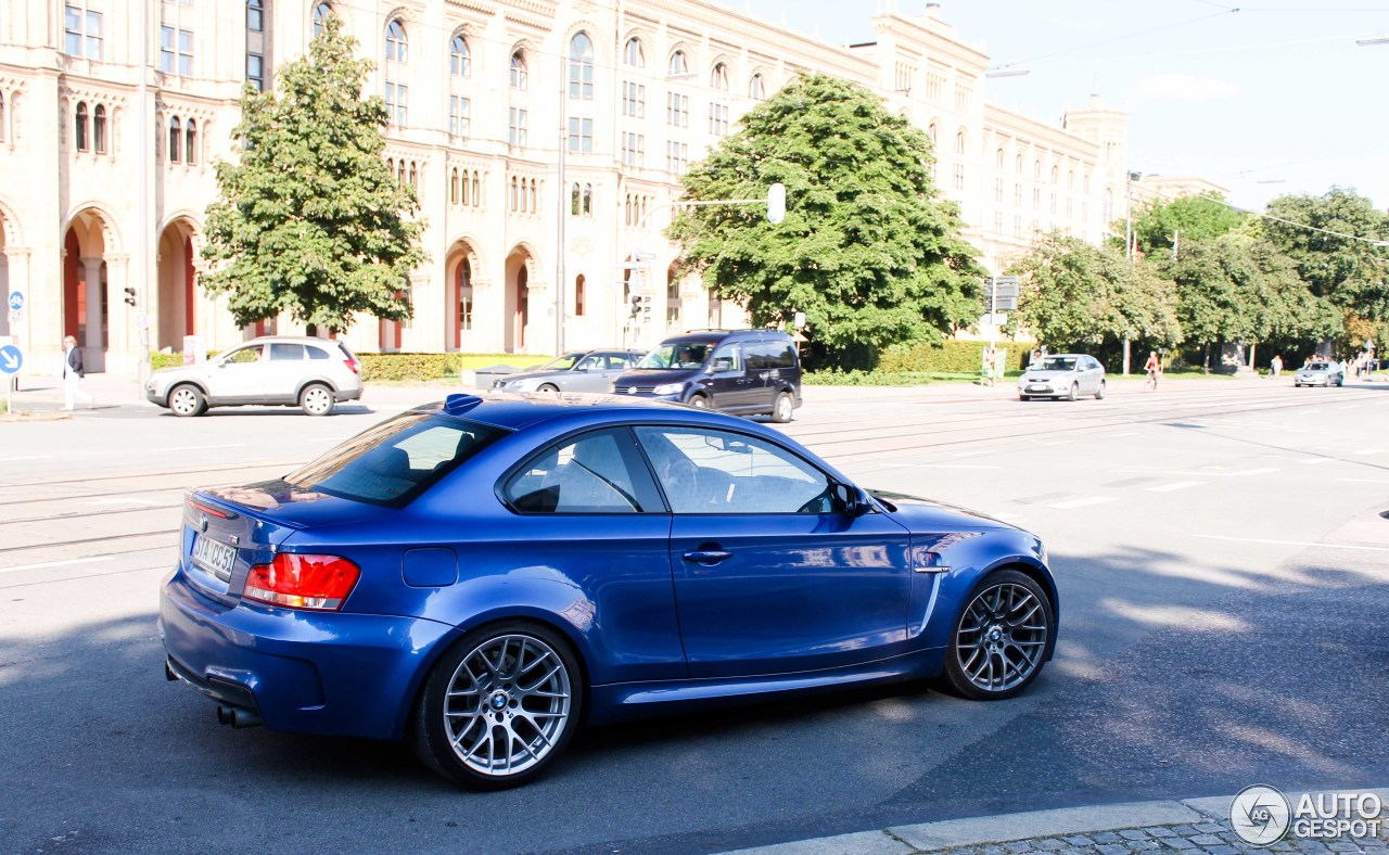 bmw 1 series m coup 31 august 2013 autogespot. Black Bedroom Furniture Sets. Home Design Ideas
