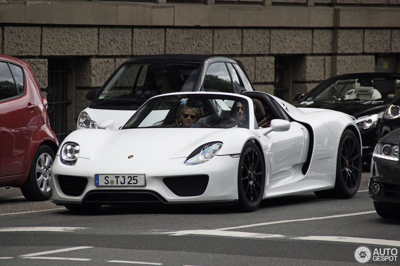 porsche 918 spyder 11 settembre 2013 autogespot. Black Bedroom Furniture Sets. Home Design Ideas
