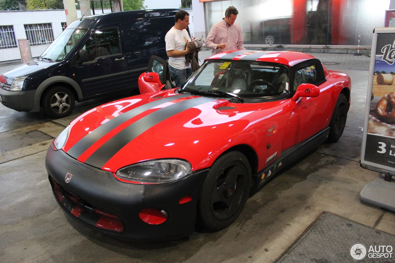 dodge viper rt 10 1992 20 september 2013 autogespot. Black Bedroom Furniture Sets. Home Design Ideas