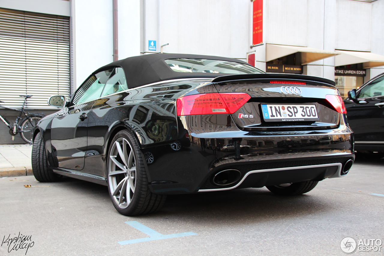 audi rs5 cabriolet b8 2 october 2013 autogespot. Black Bedroom Furniture Sets. Home Design Ideas