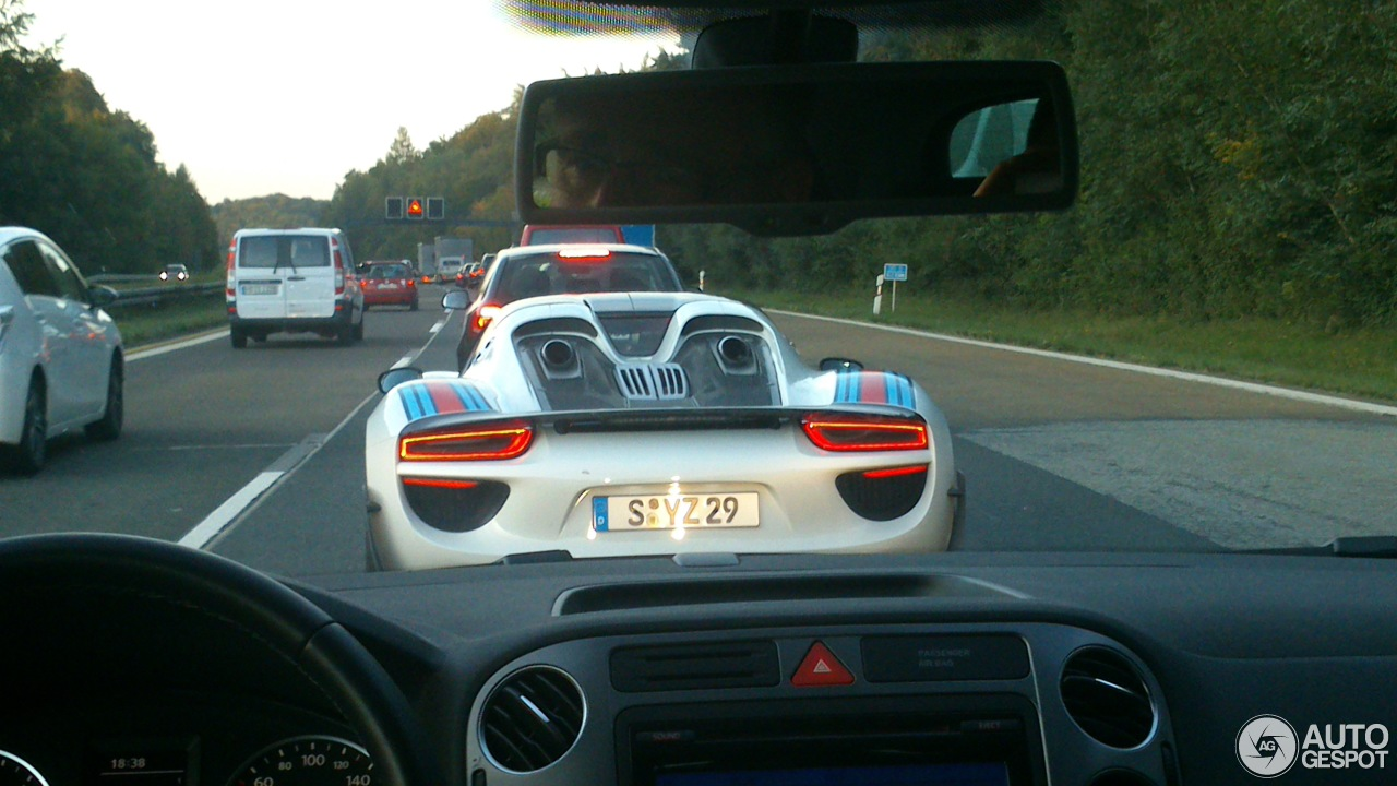 porsche 918 spyder 4 october 2013 autogespot. Black Bedroom Furniture Sets. Home Design Ideas