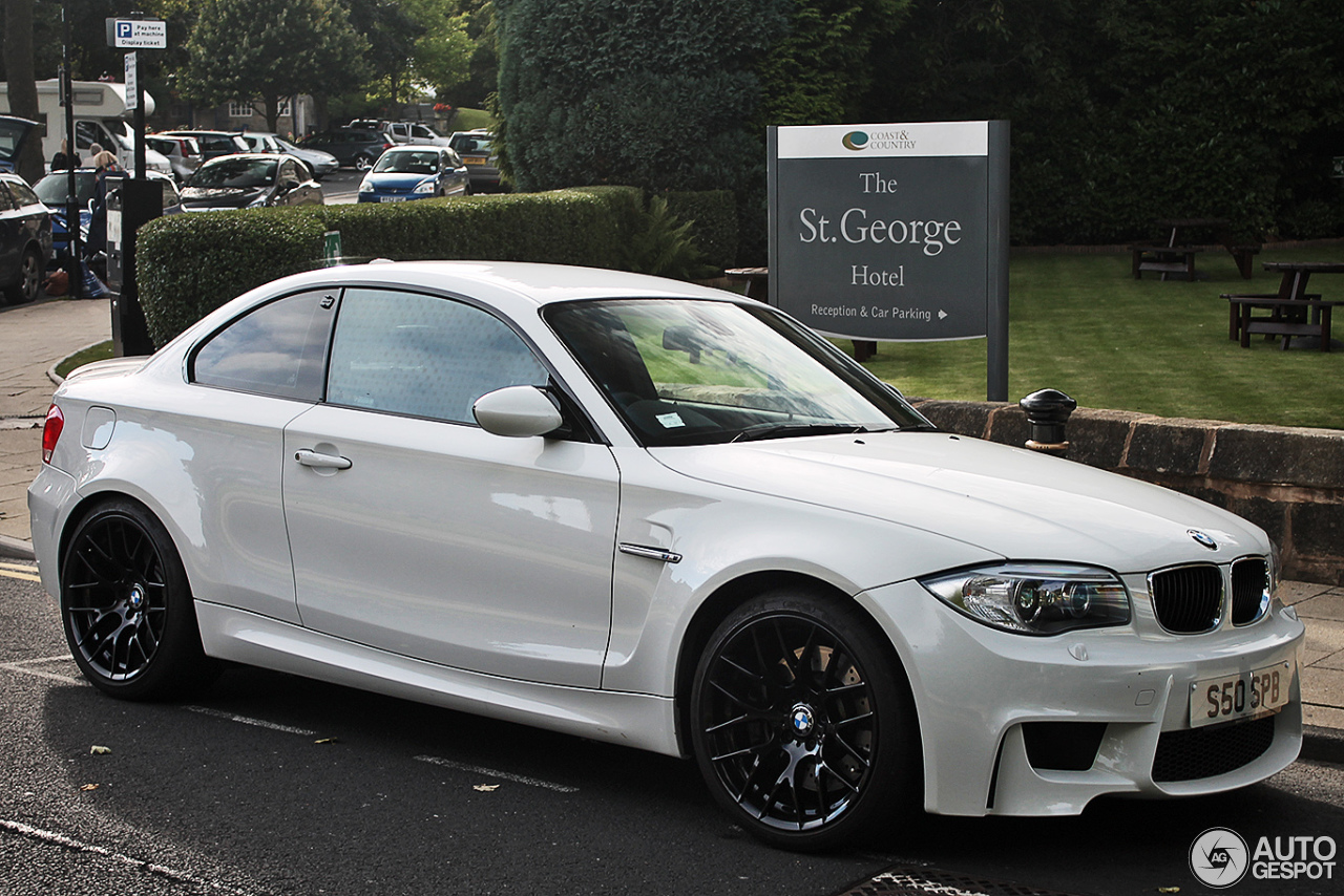 bmw 1 series m coup 6 october 2013 autogespot. Black Bedroom Furniture Sets. Home Design Ideas