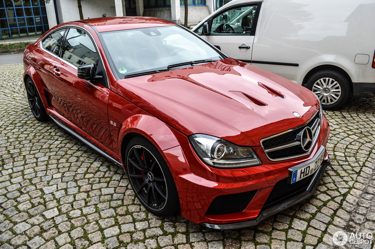 Mercedes benz c 63 amg coup black series 9 oktober 2013 for C series mercedes benz