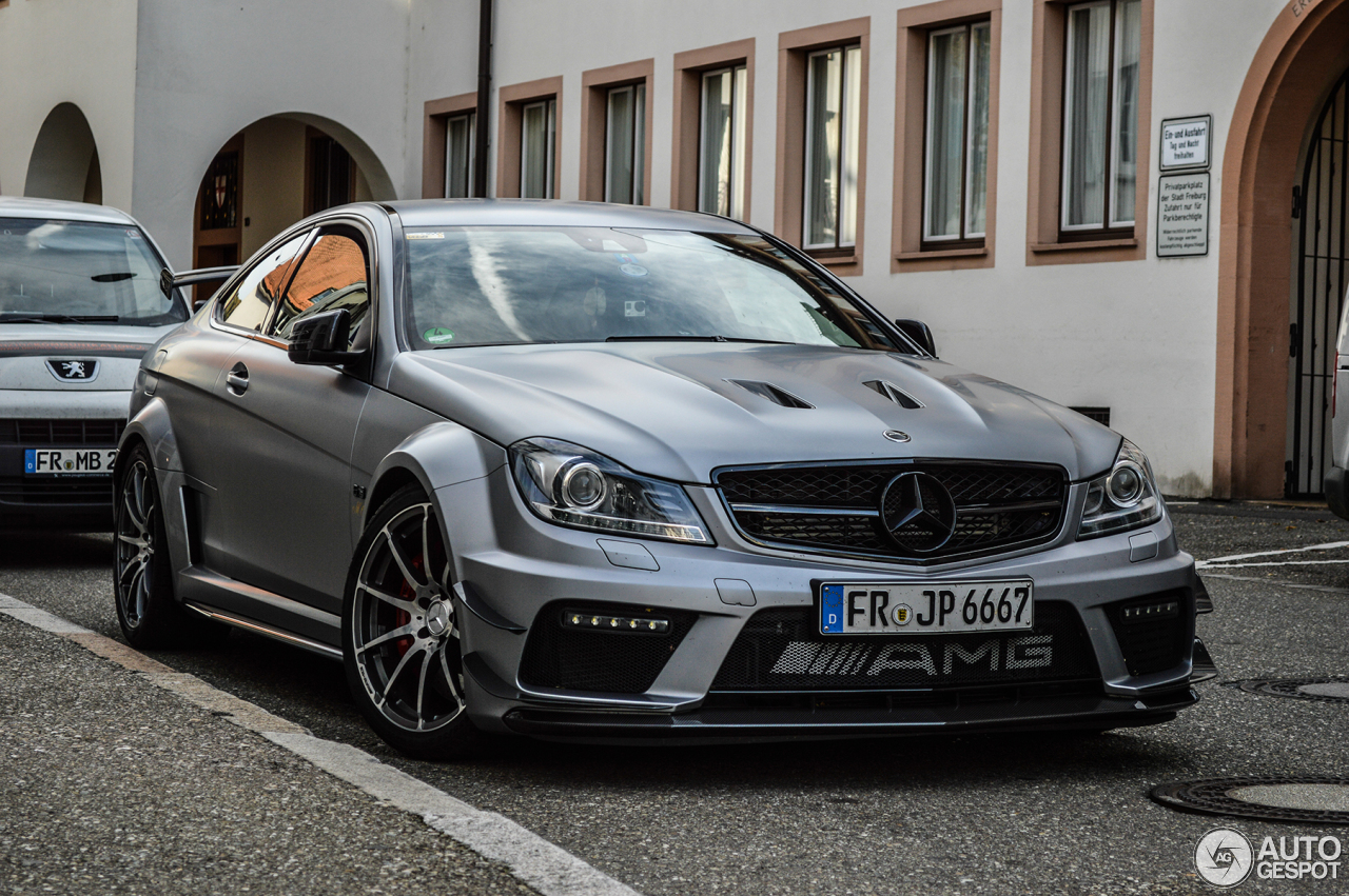mercedes benz c 63 amg coup black series 27 october 2013 autogespot. Black Bedroom Furniture Sets. Home Design Ideas