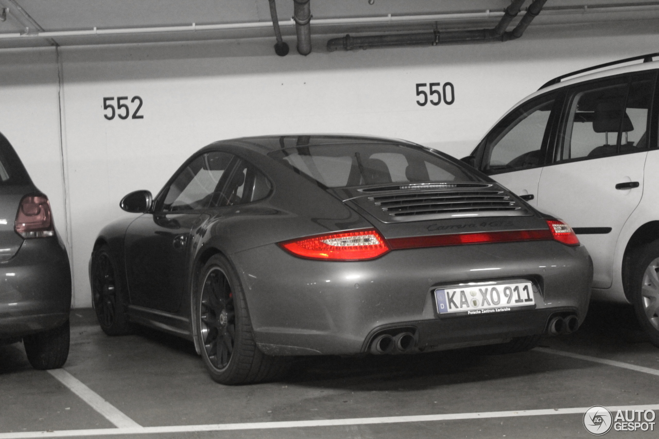 porsche 997 carrera 4 gts 5 november 2013 autogespot. Black Bedroom Furniture Sets. Home Design Ideas